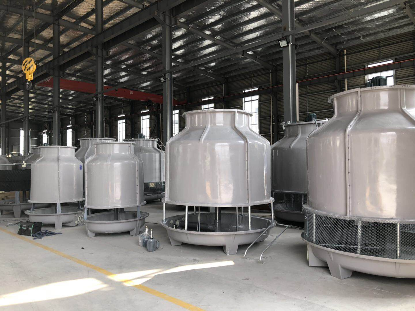 Rooftop Packaged Plastic Round Type Cooling Water Tower